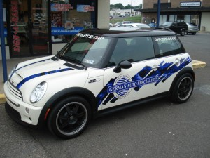 Car Graphics – The Benefits of Partial Vehicle Wraps